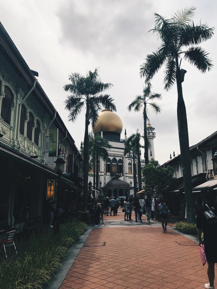 unexpected neighborhoods : kampongglam