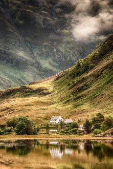 http://viralplace.net/25-amazing-places-of-nature-who-you-need-to-visit-in-scotland/