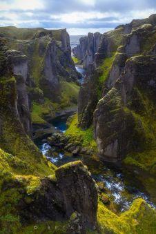 http://mymodernmet.com/fjaorargljufur-canyon-iceland-photography/