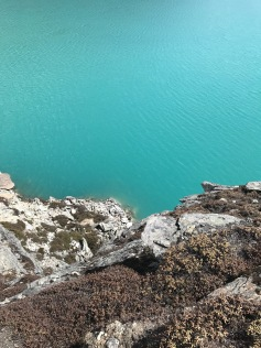 How to Trek the Three Passes Independently: turquoise lake