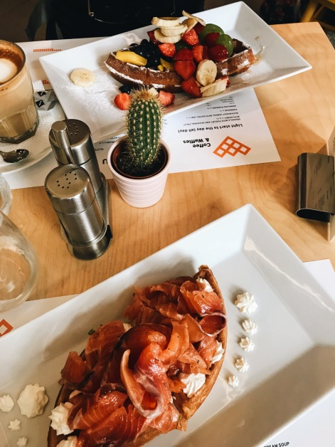 coffee and waffles: what to eat in Prague